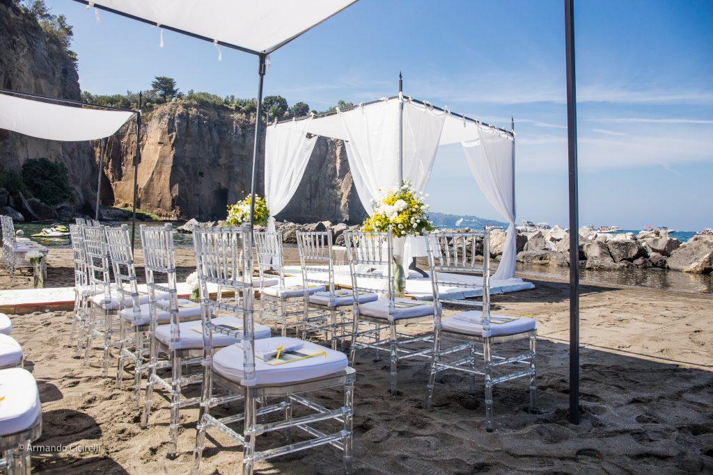 Matrimoni a Sorrento in spiaggia